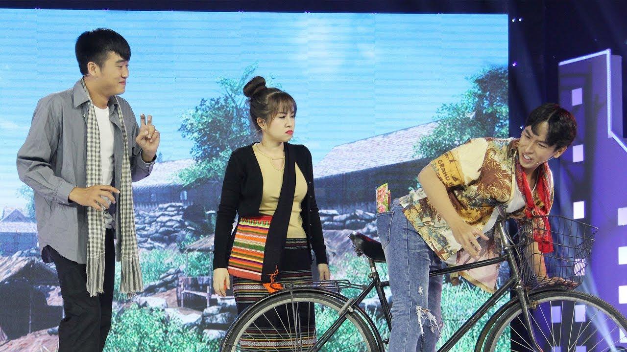 Tiếu lâm nhạc hội |Teaser tập 10: Huỳnh Quý muốn té xĩu với màn đối thơ trớt quớt của bạn cùng lớp