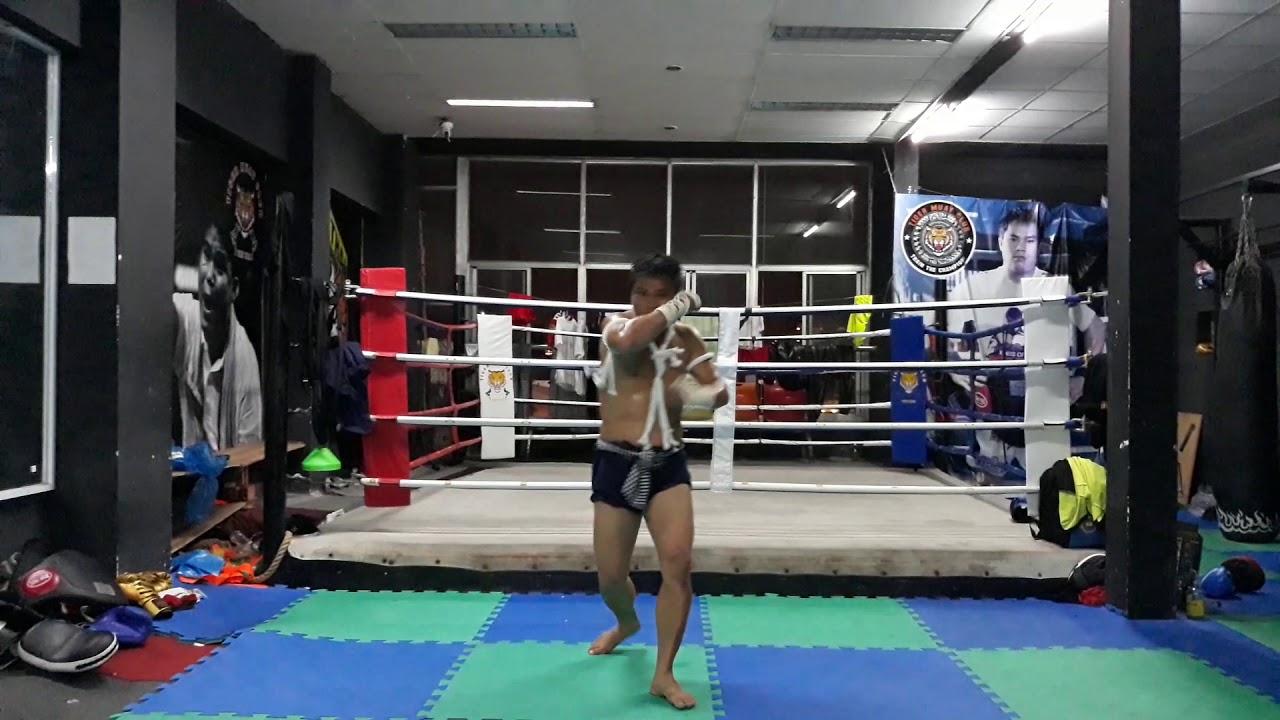 Muay Boran Đấu trường võ nhạc Solo vòng 2 - Tiger Muay Club - Thầy Trần Trung Sơn