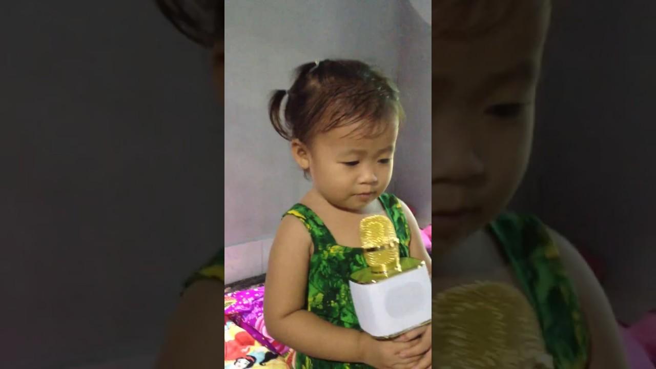 Biệt tài tí hon tập 1 full HD bé MINH CHAU 2 tuoi hát bài tập đếm.