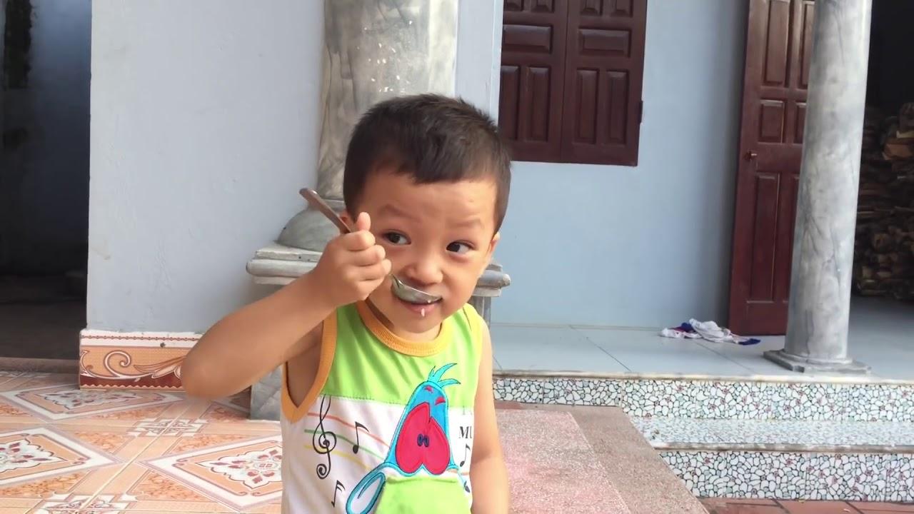 Quang Bình Bean 3 tuổi ✅ Thần đồng ngoại ngữ ✅ Biệt tài tí hon nói tiếng Anh siêu cute