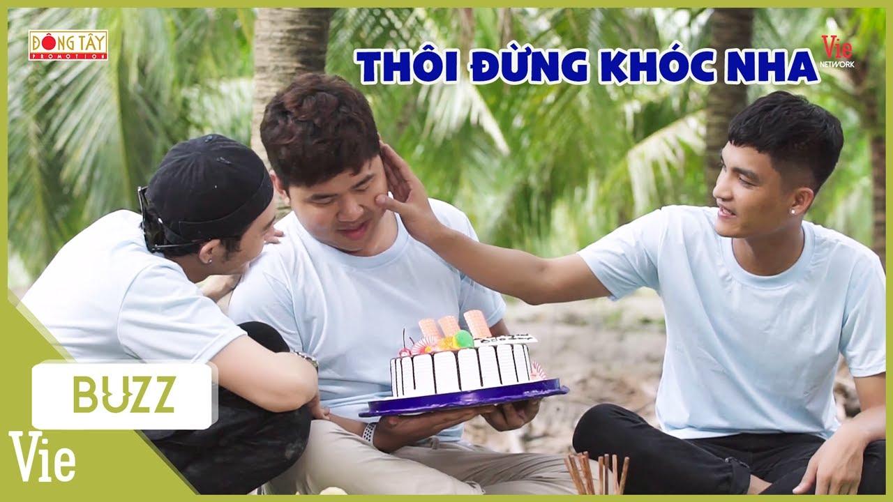 Quốc Khánh xúc động khi được ekip Ẩm Thực Kỳ Thú bất ngờ tổ chức sinh nhật| Ẩm Thực Kỳ Thú
