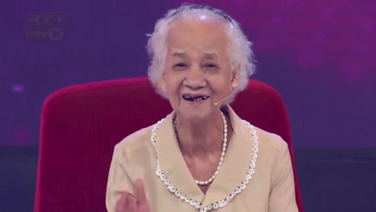 Fan cứng nhất của MU trên toàn thế giới là bà cụ 80 tuổi người Việt Nam???!!!